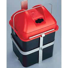 Bateriju kastes stiprinājums